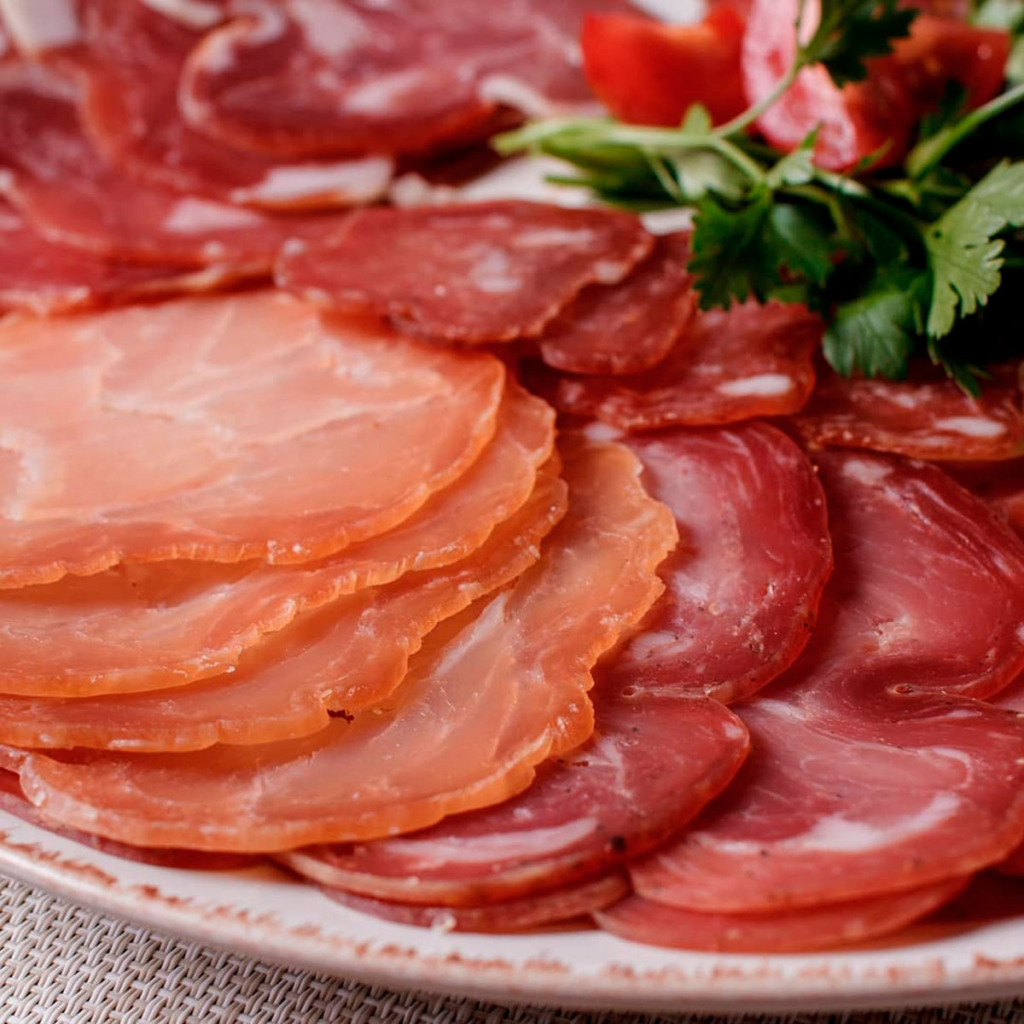 Наші вироби – еталон сиров'яленої продукції