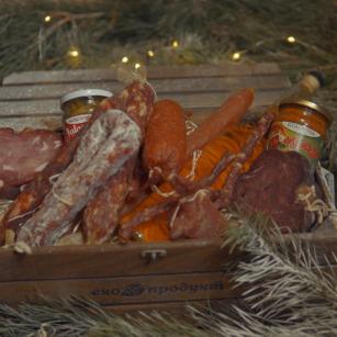 Скринька сиров'ялених делікатесів